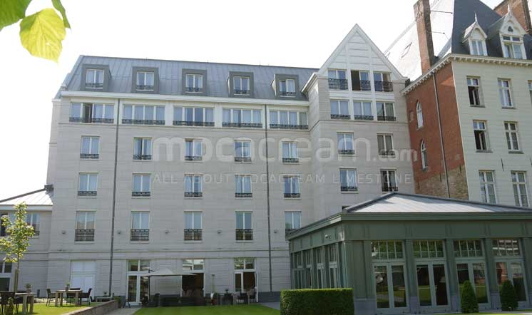 Kempinski Hotel / Moca Cream limestone / Brugge Belgium