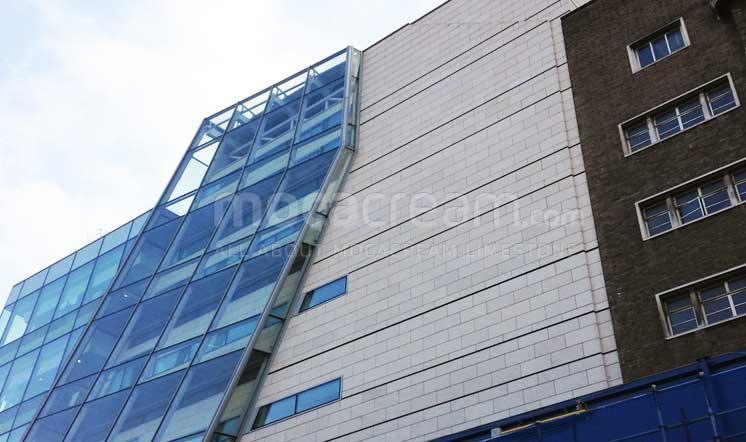 Great Ormond St Hospital / Moleanos limestone / London UK